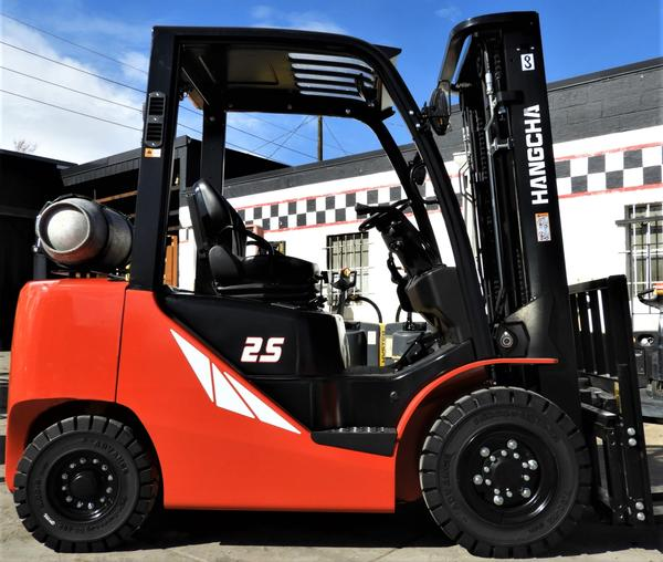 NEW PNEUMATIC FORKLIFTS FOR JUST $22,998!
